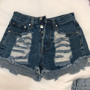 medium wash cutoff jean shorts